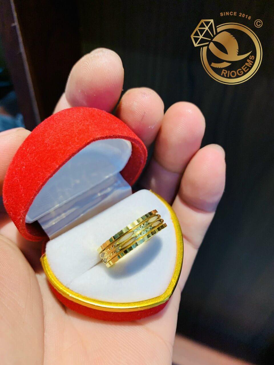 Nhẫn xoay 2 sợi Lông Voi trắng song song vàng 18K thích hợp làm quà tặng
