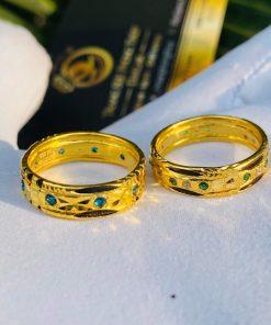 Đường nét trên cặp nhẫn cưới được gia công cẩn thận
