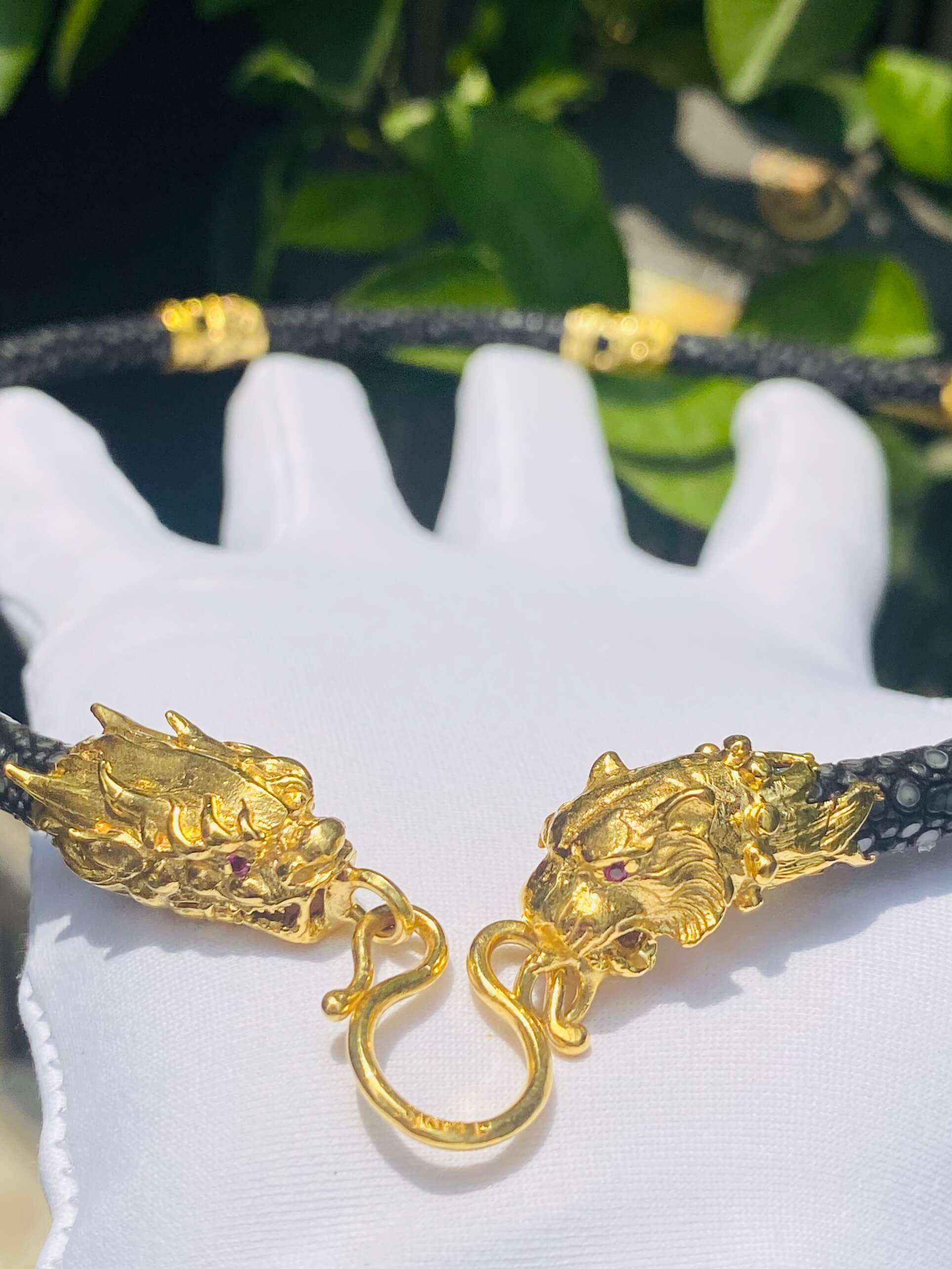 Dây chuyền da cá đuối 6.8li Rồng - Cọp vàng Riogems đem đến thành công, phú quý cho mọi nhà