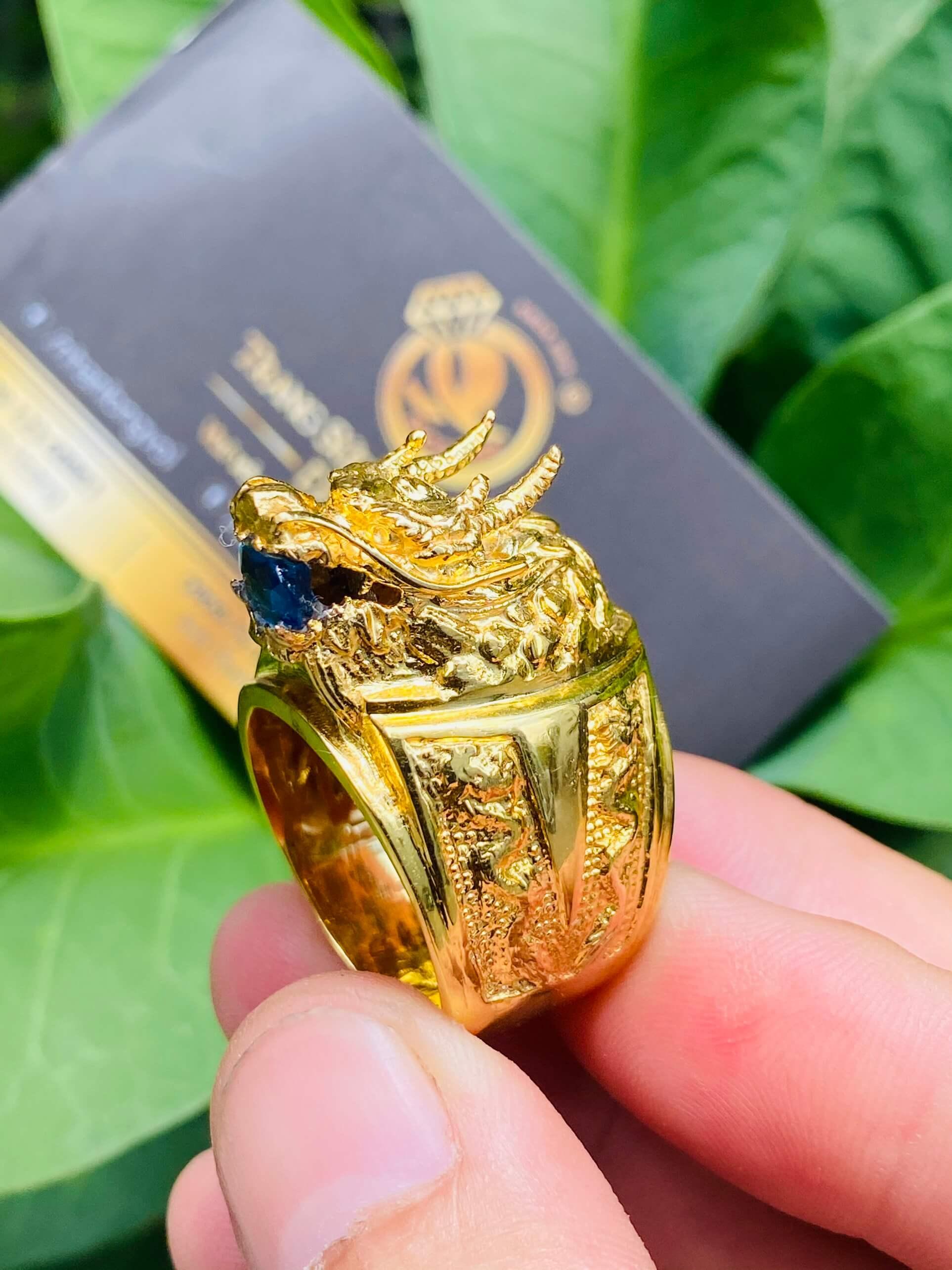 Nam mệnh Mộc - Thủy nên đeo nhẫn đầu rồng rước tài lộc