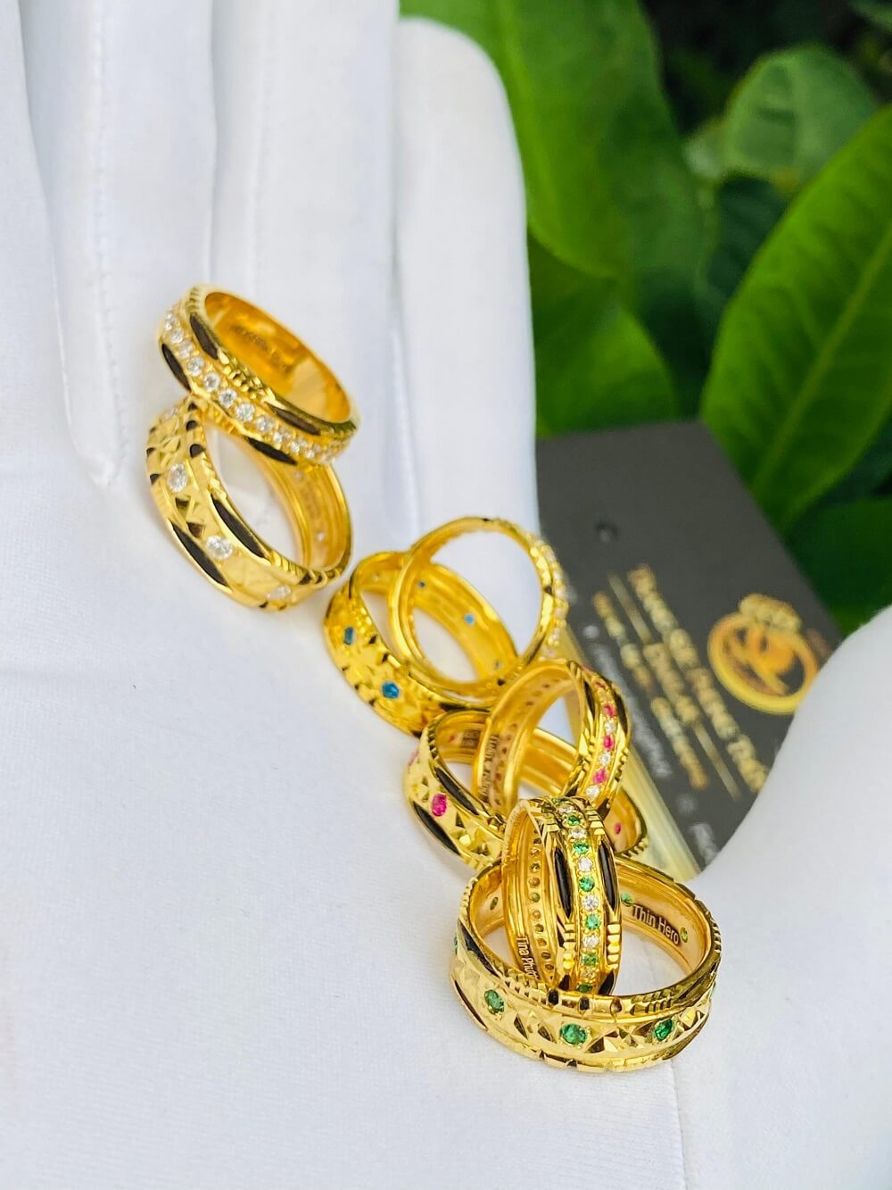 Các mẫu nhẫn đính đá Cz hợp MỆNH vàng 18K luồng lông Bôn Đôn (lông FAKE) chất lượng