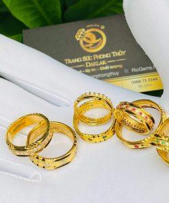 Nhẫn đính đá phong thủy