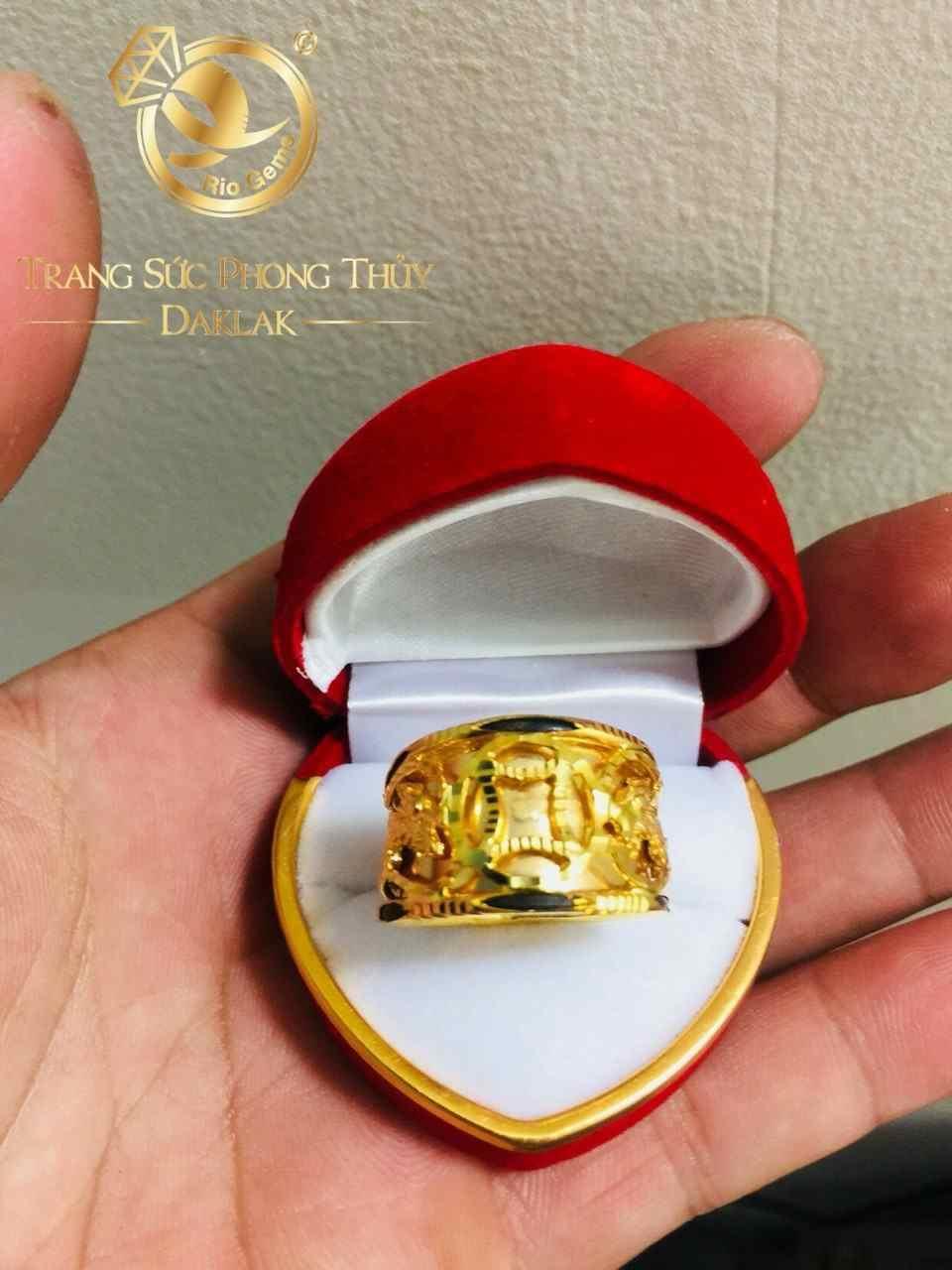 Nhẫn 2 Rồng 1 đồng tiền vàng ý luồn lông voi phong thủy