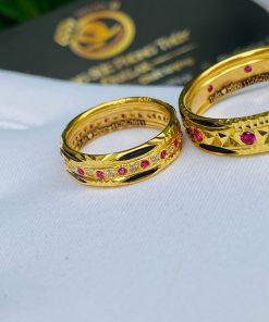 Nhẫn cưới nam nữ đính đá hợp mệnh Hỏa - Thổ
