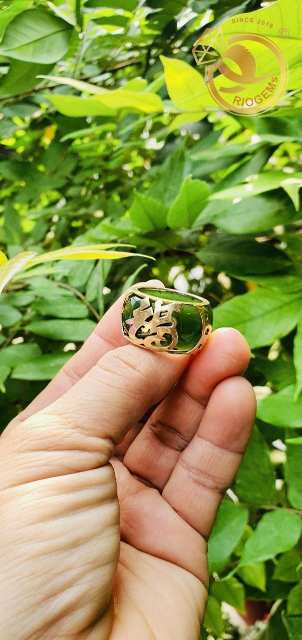 Nhẫn Ngọc Bích chữ Lộc - Biểu tượng của sự hưng thịnh, đâm chồi nảy lộc