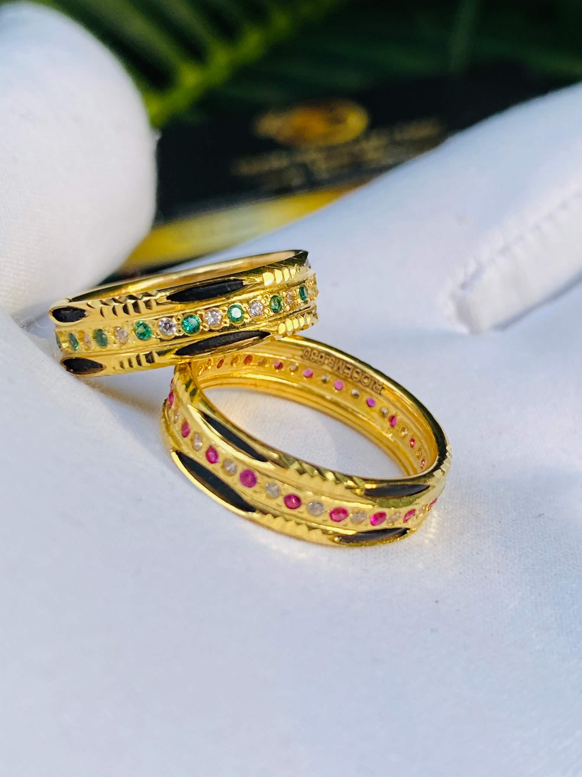 Nhẫn vàng luồng 2 Lông Voi đính đá thích hợp cho các cặp đôi