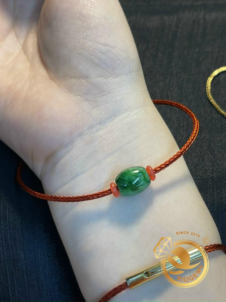 Vòng tay dây dù mix lu thống mang lại may mắn cho người đeo
