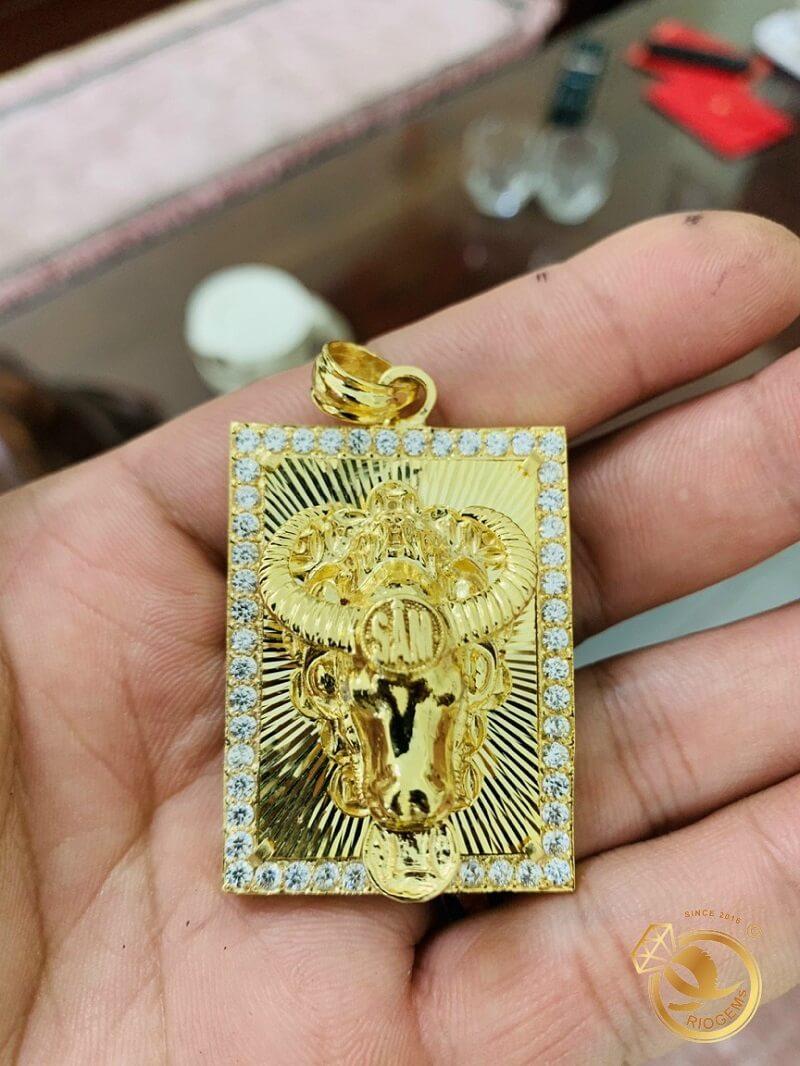 Mặt dây chuyền hình con TRÂU vàng tây 18K đúc 3D nguyên khối giá trị