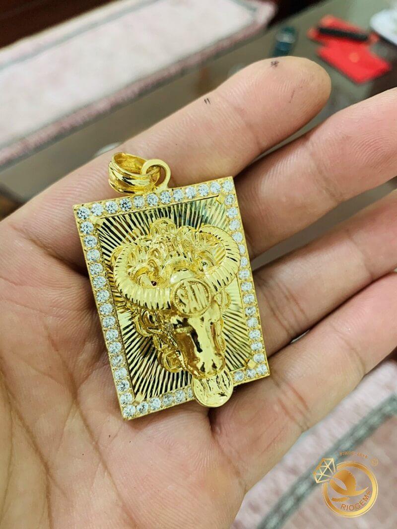 Mặt dây chuyền hình con TRÂU vàng tây 18K đúc 3D nguyên khối đẹp