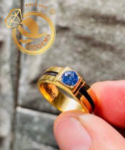 Nhẫn nam đính đá xanh - hợp với gia chủ mệnh Mộc, mệnh Thủy