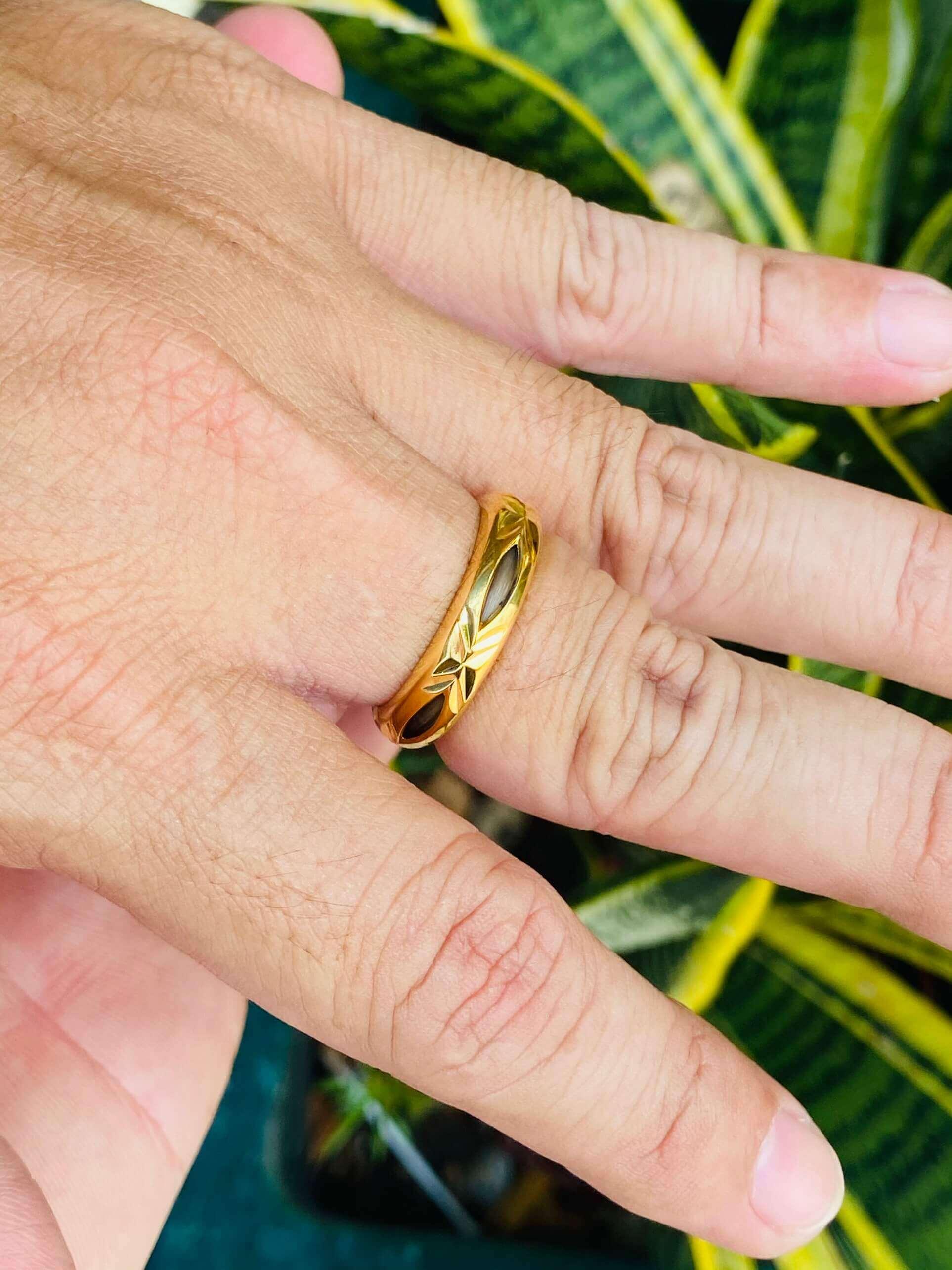 Kích thước nhẫn phù hợp với ni tay nam & nữ