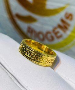 Mẫu nhẫn vàng nam chữ vạn phù hợp mệnh KIM-MỘC-THỦY-HỎA-THỔ