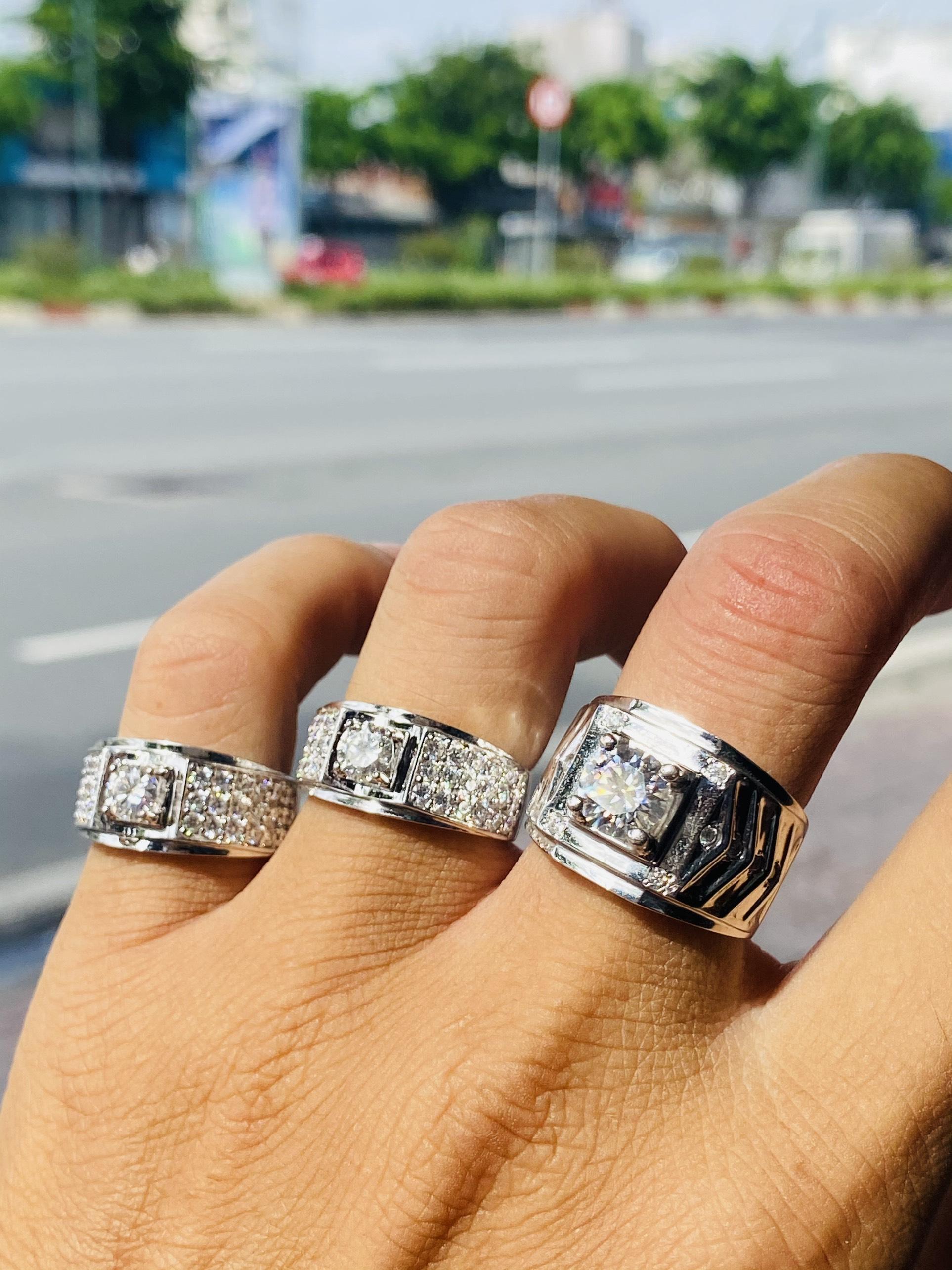 Những mẫu nhẫn nam đính đá Sapphire bán chạy nhất