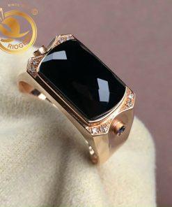 nhẫn vàng nam mặt đá jadeite phong cách
