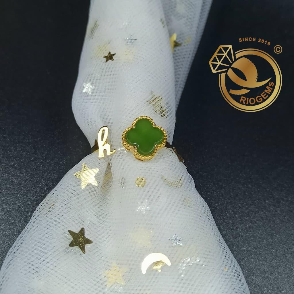 Nhẫn vàng nữ cỏ may mắn bốn lá đá ngọc bích