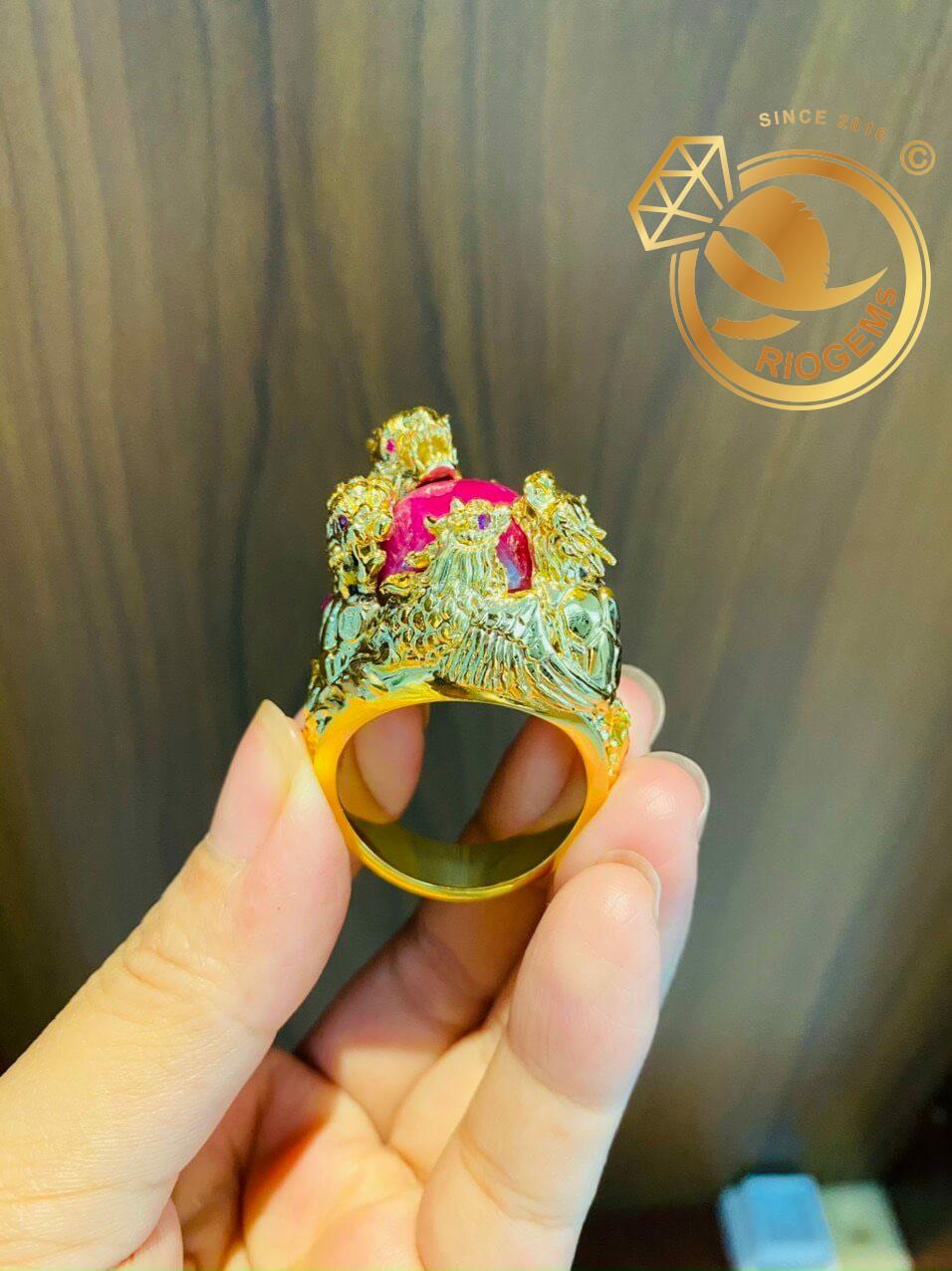 Nhẫn tứ linh LONG LÂN QUY PHỤNG 1 cây vàng 18K ôm ngọc RUBY Thái tinh tế, bắt mắt