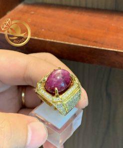 Nhẫn nam vàng 18K đá đính Ruby sao Yên Bái đá tấm Cz
