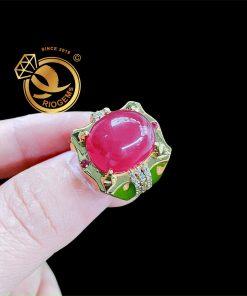 Nhẫn đá Ruby huyết bồ câu Riogems