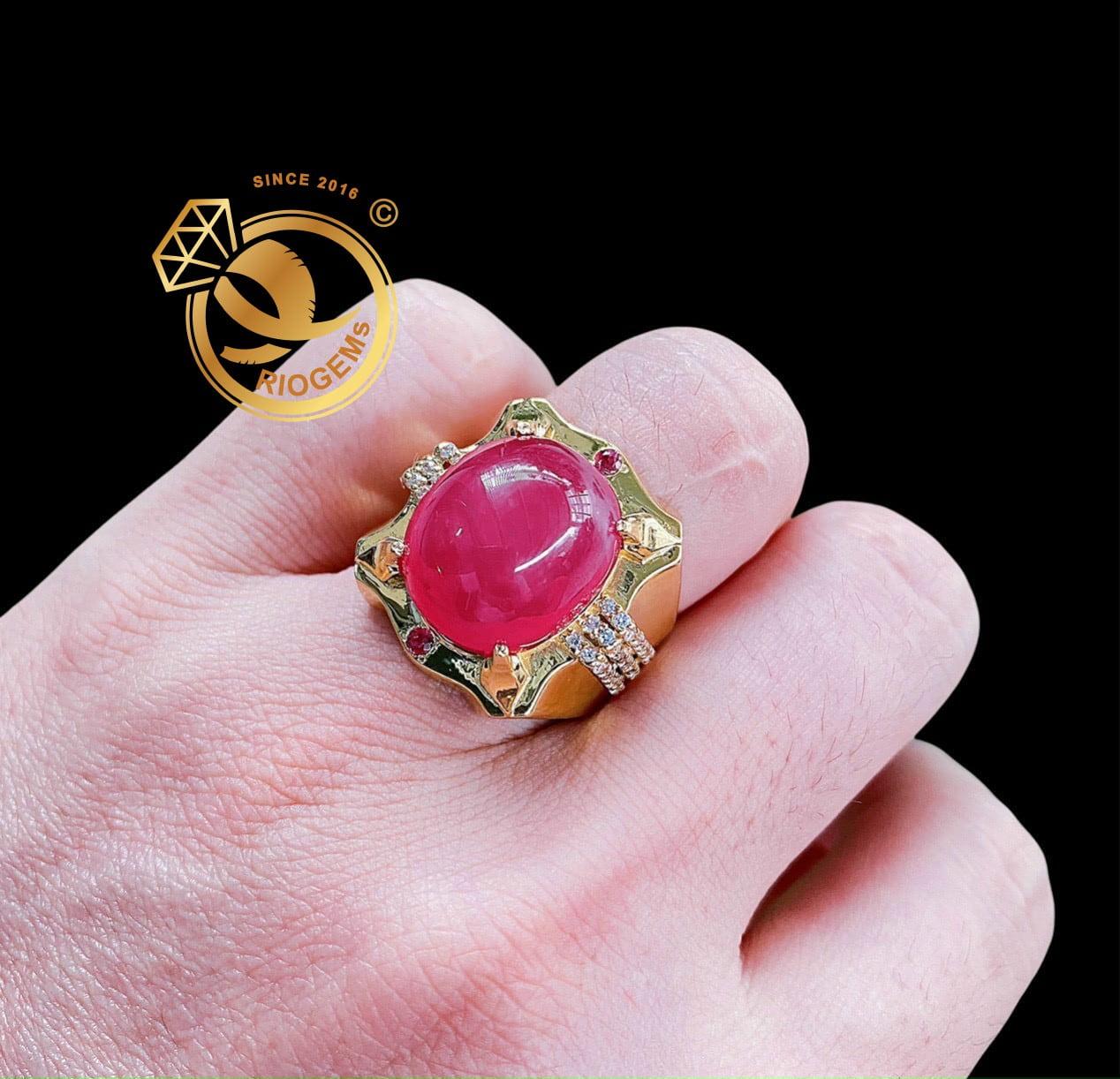 Nhẫn Nhẫn Ruby huyết bồ câu