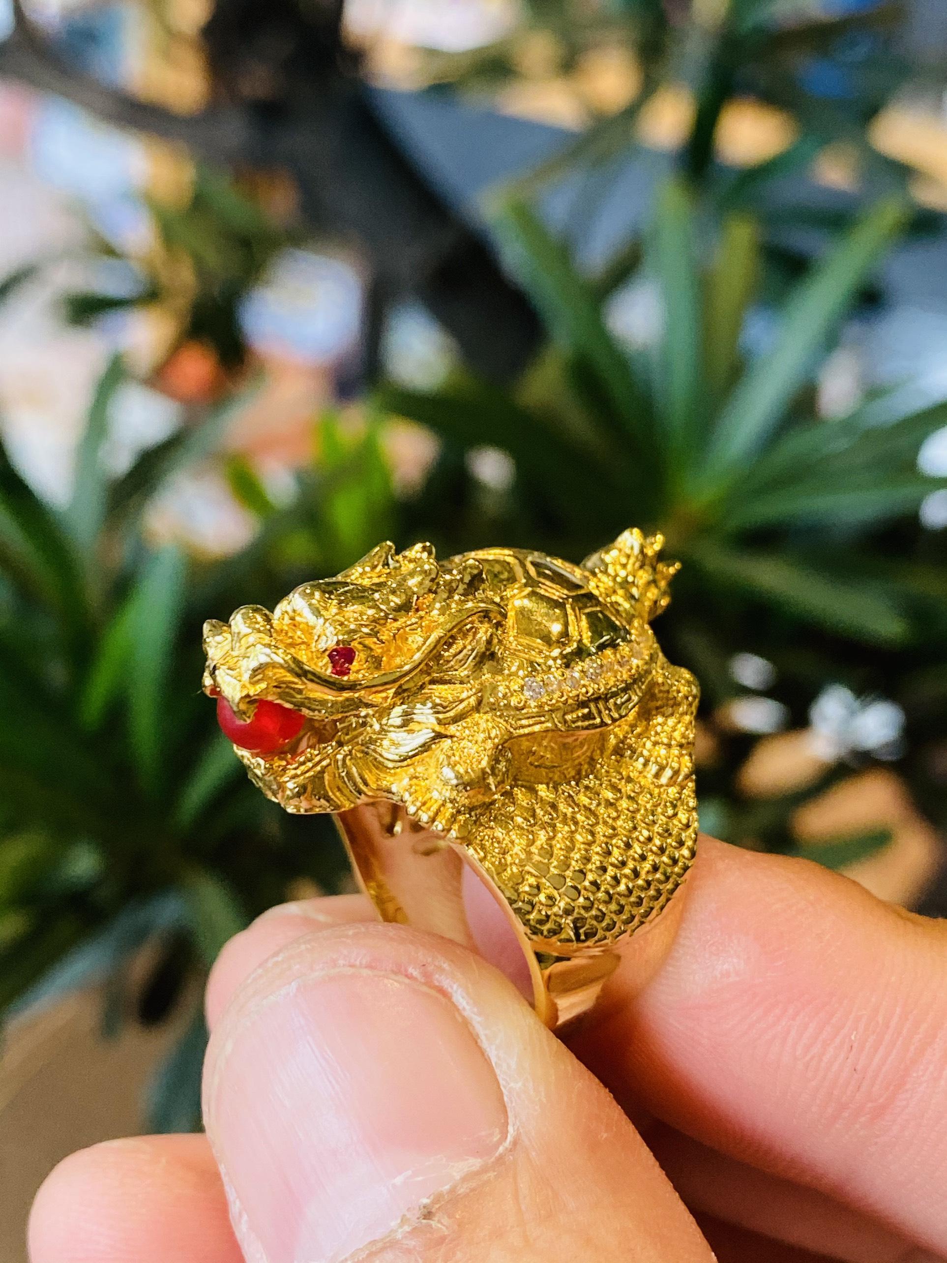 Nhẫn long quy mini ngậm ngọc vàng 18k nguyên khối đẹp nhất 2021