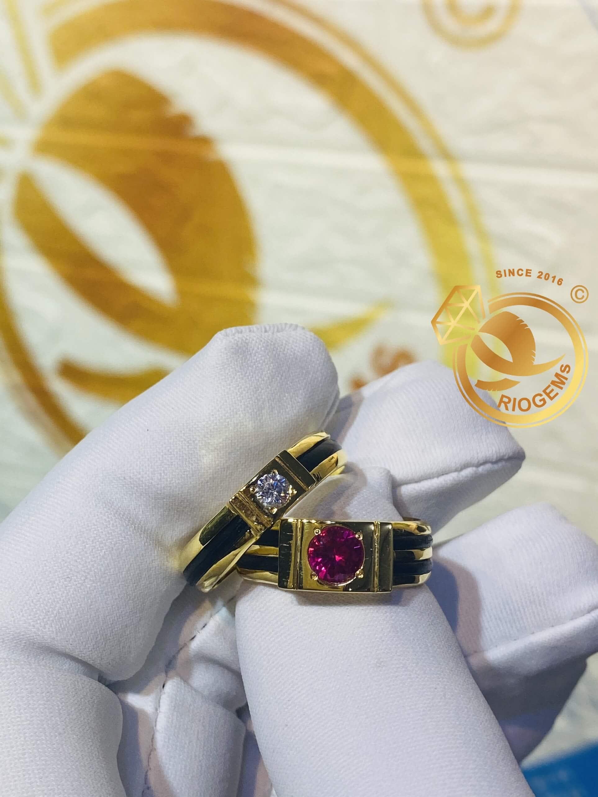 Nhẫn vàng 18K cặp