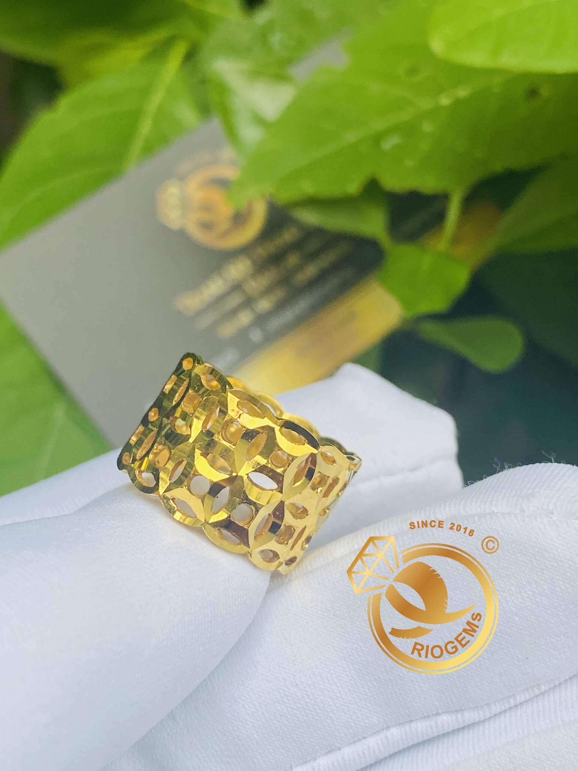 Nhẫn Kim Tiền vàng tây