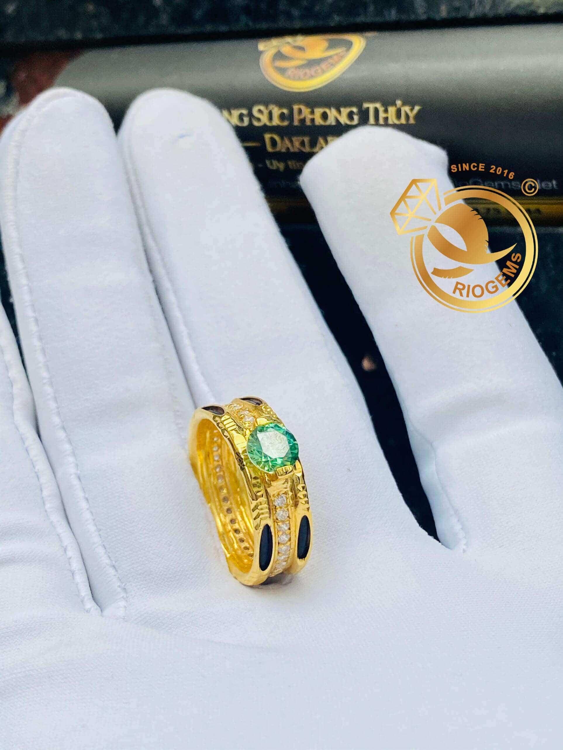 Nhẫn kim cương Moissanite đính tấm luồn 2 sợi lông voi (lông FAKE) Riogems