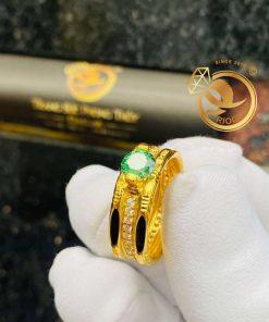 Nhẫn kim cương tấm