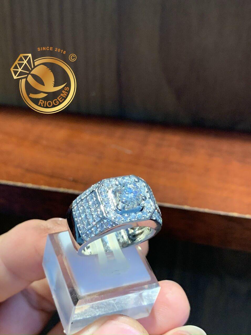 Nhẫn kim cương tự nhiên cao cấp