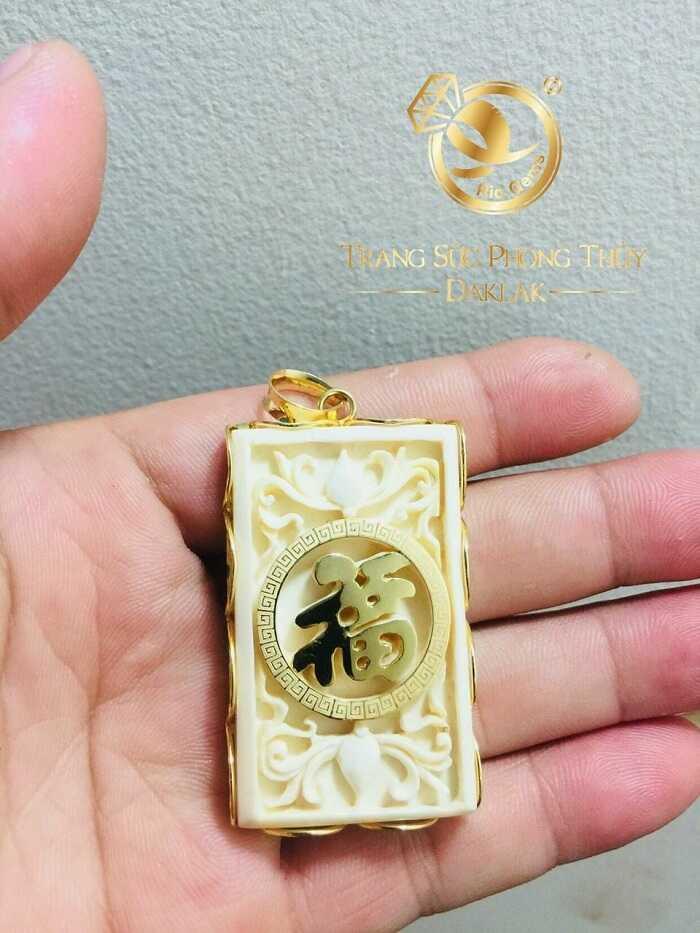 mặt dây chuyền bọc vàng tây khắc chữ Lộc