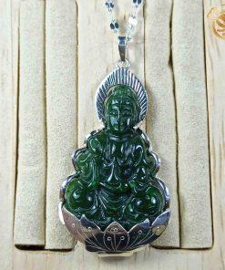 Mặt dây chuyền Phật Quan Âm ngồi thiền bằng ngọc bích bọc bạc ta