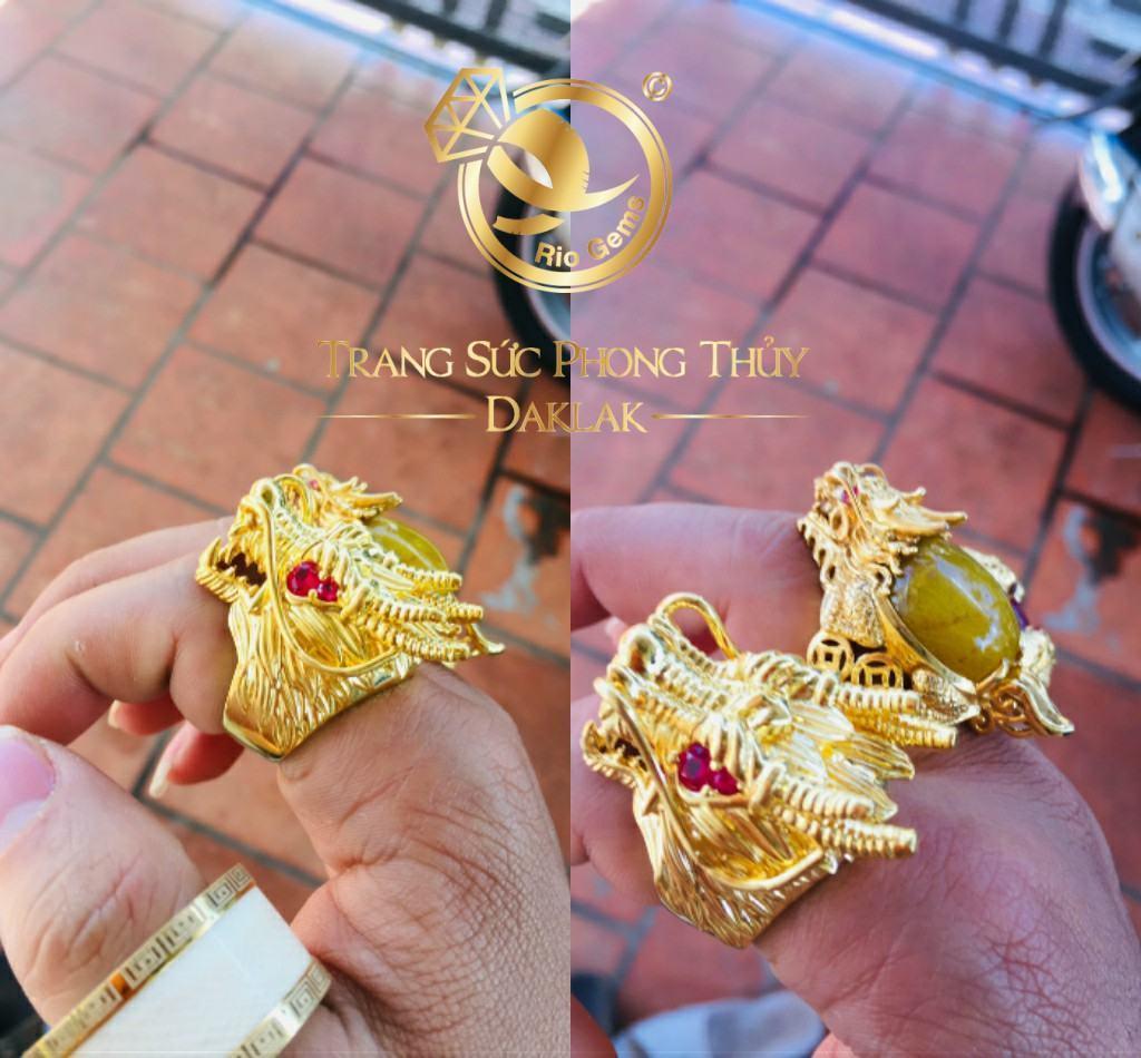 Nhẫn vàng đầu Rồng đính đá
